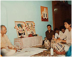 Taufiq performing before Ustad Allarakha on Guru Pournima